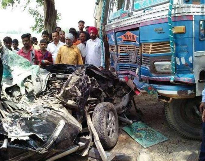 Road Accident, Jeep, Truck, 4 Died, Punjab
