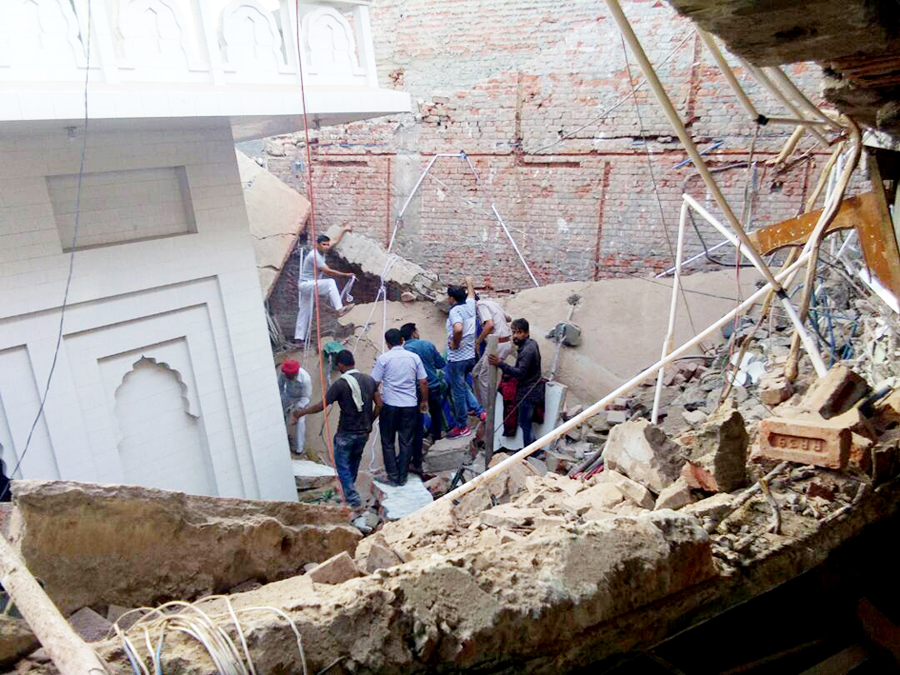 Roof, Fall, Gurudwara, Dera Sacha Sauda Followers, Help, Welfare Work, Gurmeet Ram Rahim