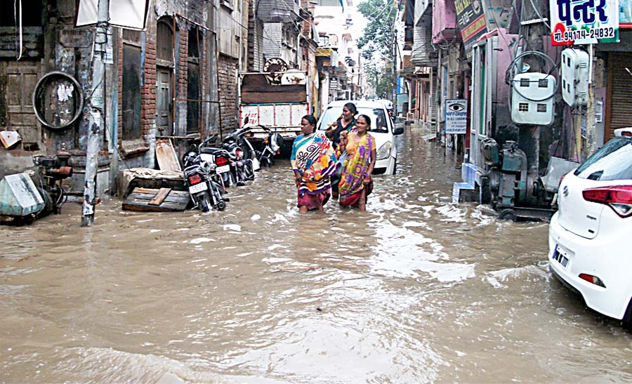 Heavy Rain, Abohar, Farmer, Villager, Happy, Punjab