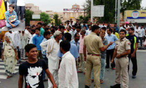 Parents, Road Jam, Newborn, Death, Police, Rajasthan