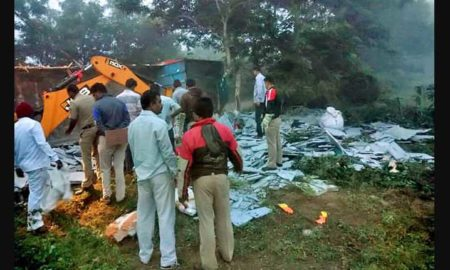 Truck, Toppled, Sangli, Accident, Died, Injured