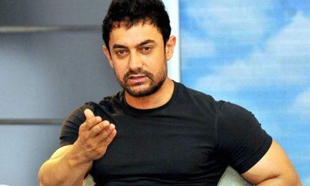 Aamir Khan, Spent, Night, Statue, Mahatma Gandhi,