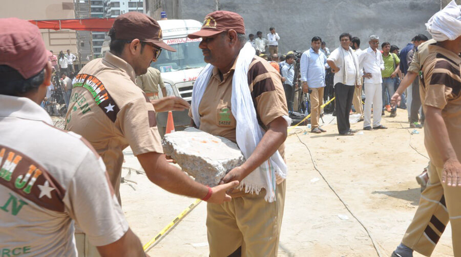 Dera Followers, Help, Building Disasters, Welfare Works, Dera Sacha Sauda, Gurmeet Ram Rahim