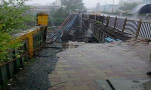 Mumbai, Injured Heavy Rain, Overbridge Collapse