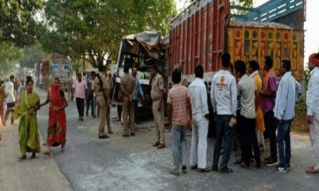 Jaunpur road accident