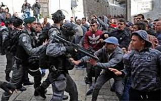 Palestine demonstrators die,200 injured