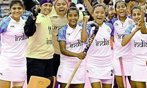 Women, men's hockey teams in Youth Olympics final