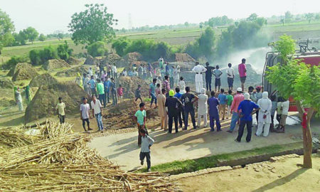 Fire, Bits, Villagers, Fire Brigade, Workers