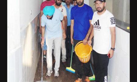 MLA, Angry, Dirt, Clean, Punjab