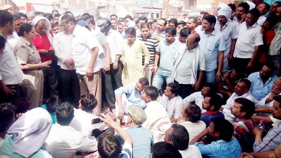 Robbery case, Jewelers, Demands, Arrest, Accused, Haryana