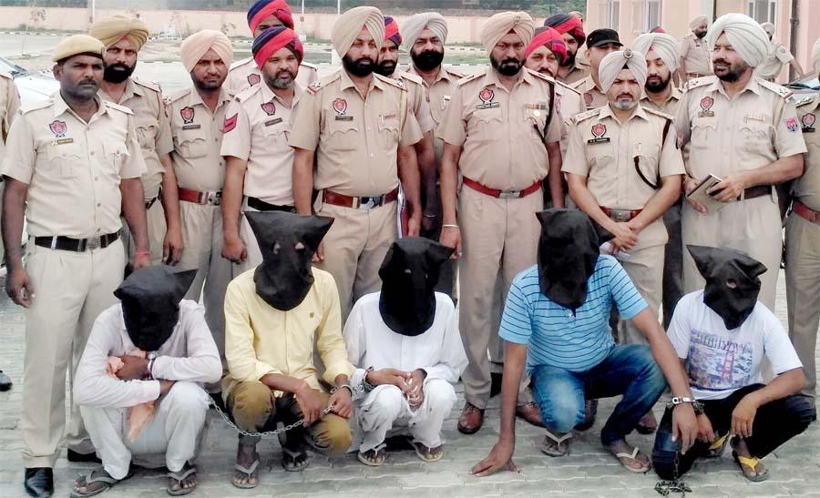 Arrested, Gang, Car, Police, SSP, Punjab