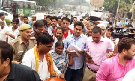 Kapil Mishra, Stopped, Meet, CM, Arvind Kejriwal, AAP