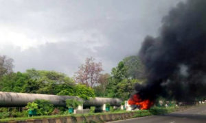 Farmers, Burnt, Strike, Violence, Mumbai, Police Vehicles