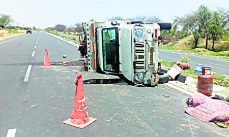 Road Accident, Died, Injured, Divider, Haryana