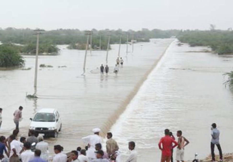 Heavy Rain, Mount Abu, Landslide, Died, Injured