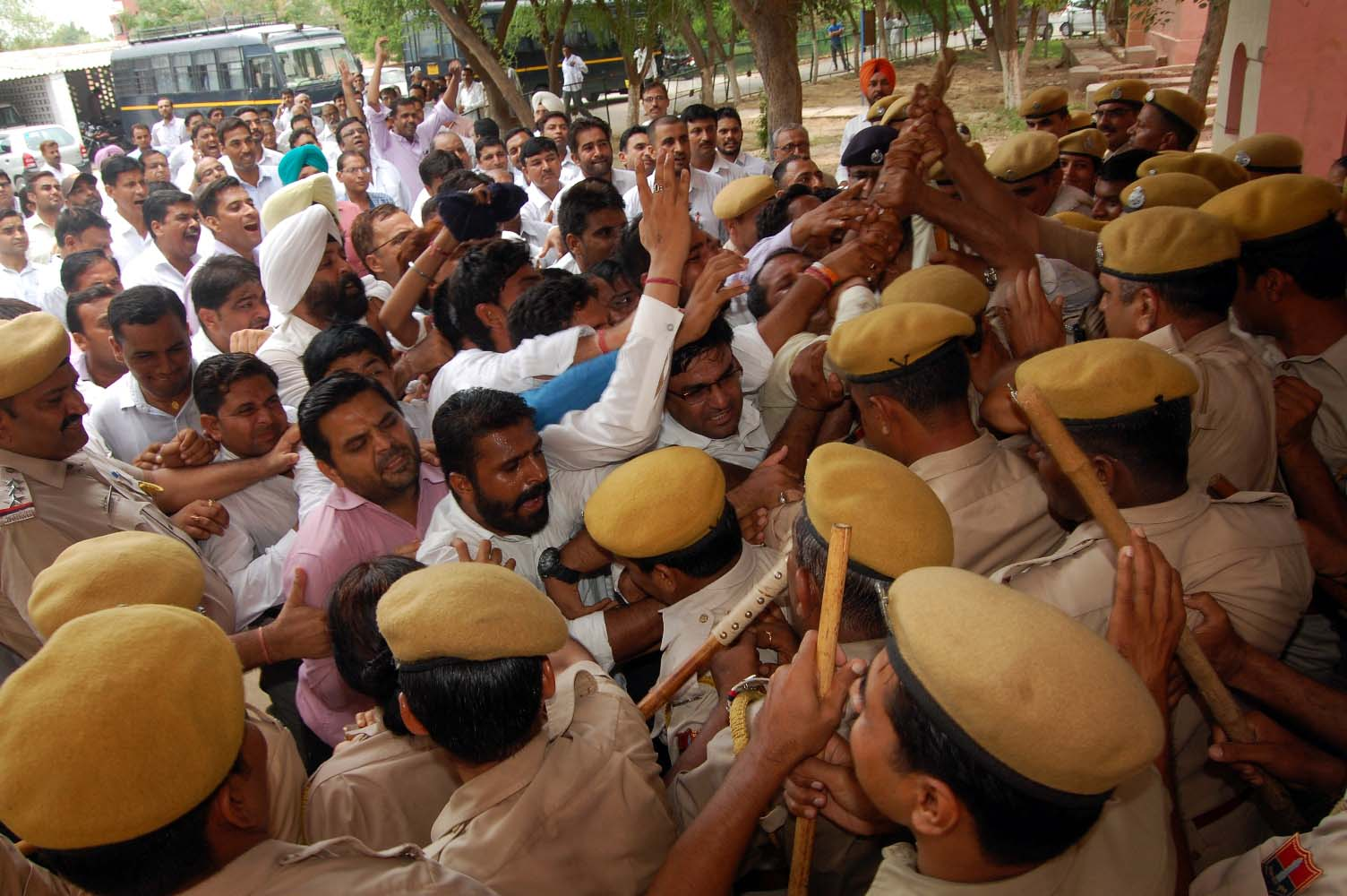 Agitation, Lawyers, Clash, Policemen, Angry, Rajasthan