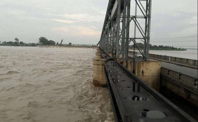 Bihar, Sky Lighting, Several Died, Heavy Rain