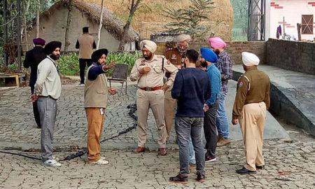 Robbers, Looted, Crores, Cash Van, Bank, High Alert, Punjab