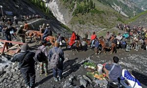 Stop, Amarnath, Yatra, Due, Bad, Weather