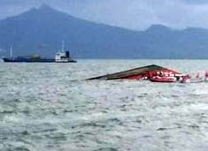 Six, Die, Boat, Sinking, Indonesia