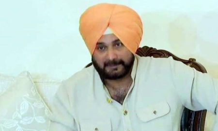 Siddhu Cleanliness On Pak Tour Modi Also Called Nawaz In An Oath