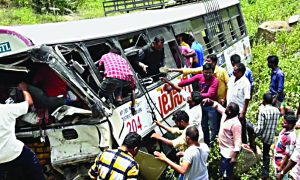 Telangana: A Bus Full Of Pilgrims Returning From The Temple Fell Into A Ditch, Killing 45 Including Women And Children