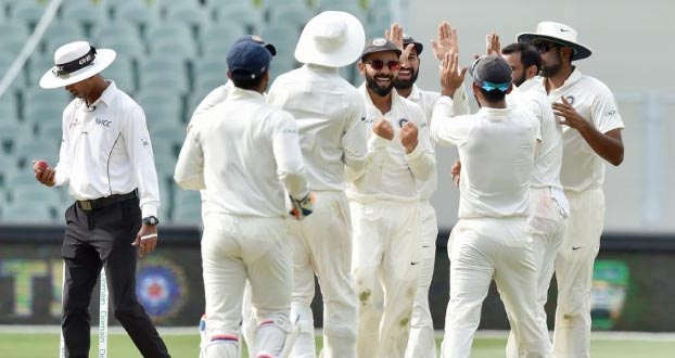 Australia scored 277 for six wickets on the first day