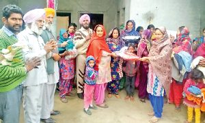 Block Batta-Dalka's distributed hot clothes needy families