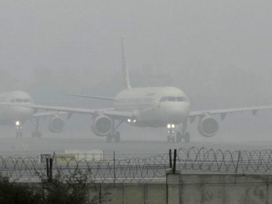 Shadow Dense Fog In Delhi 2 Hour Delayed Aircraft
