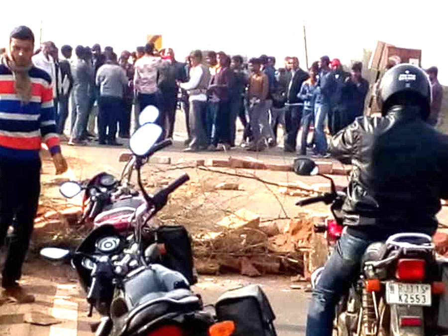 Agitators Stormed The Agra National Highway On The Fourth Day