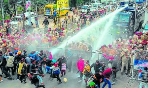 Patiala: Teacher, Performance, Agitation