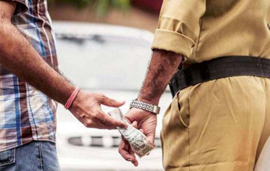 Head Constable, Arrested, Taking, Bribe