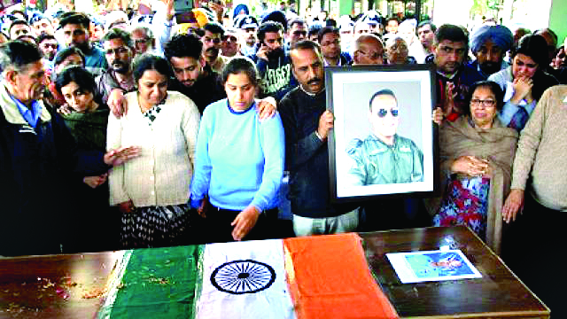 Air Force, Chandigarh Administration and Police Officers paid tribute