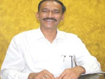 Goa: Many non-Congress MLAs in touch: Girish Chondakar