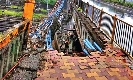 Who is responsible for the death of bridge accident?