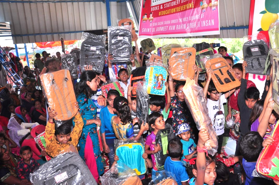 We will do Humanitarian works nonstop says Dera Followers