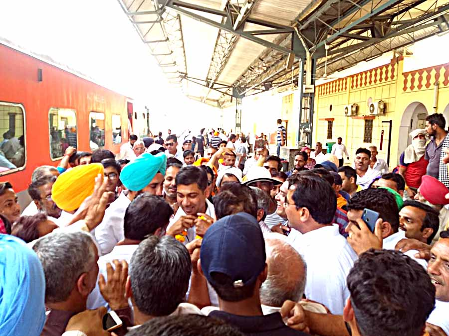 Launch of Sriganganagar-Nanded New Weekly Train