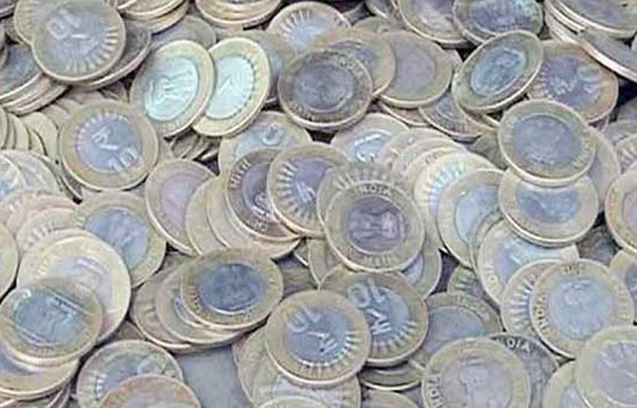 currency in 4 bags hidden in Mama's house