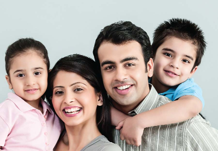Confused family day in the warmth of relationships and limitations