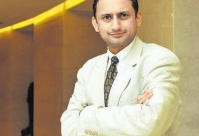 RBI's deputy governor Viral Acharya resigns