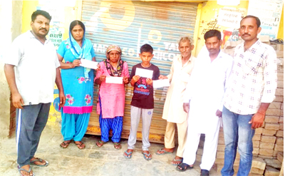 Checks of the distributed assistance amount to the needy