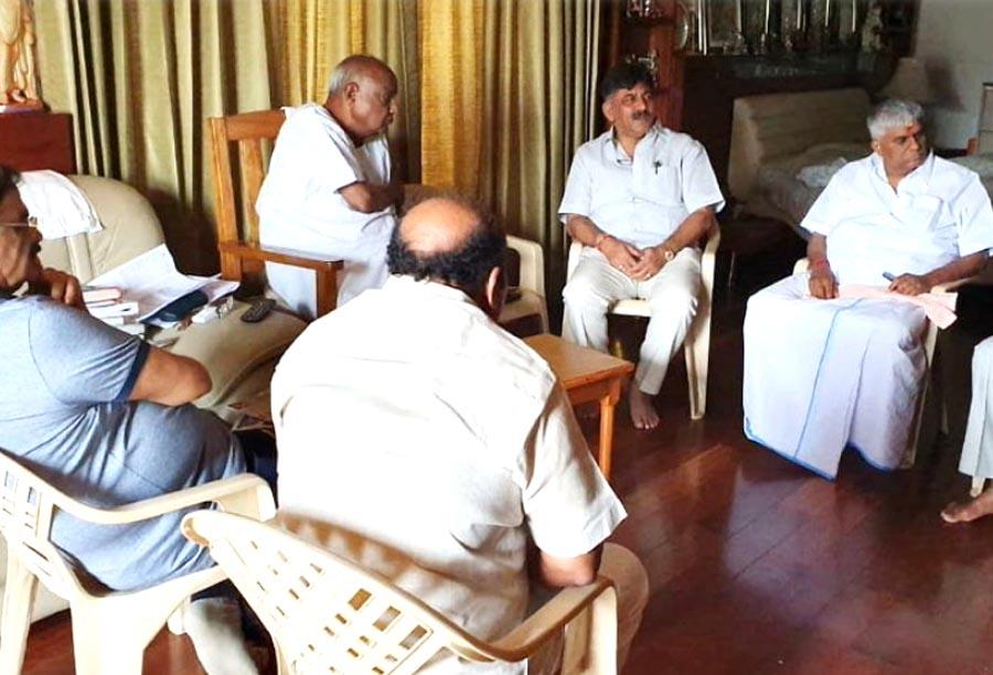 Karnataka: Siddaramaaya on the resignation of legislators this operation is part of BJP no threat to the government