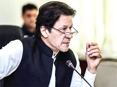 Imran's war drama Pakistan