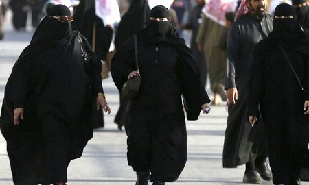 Law changed in Saudi women do not need to accept male guardians for marriage