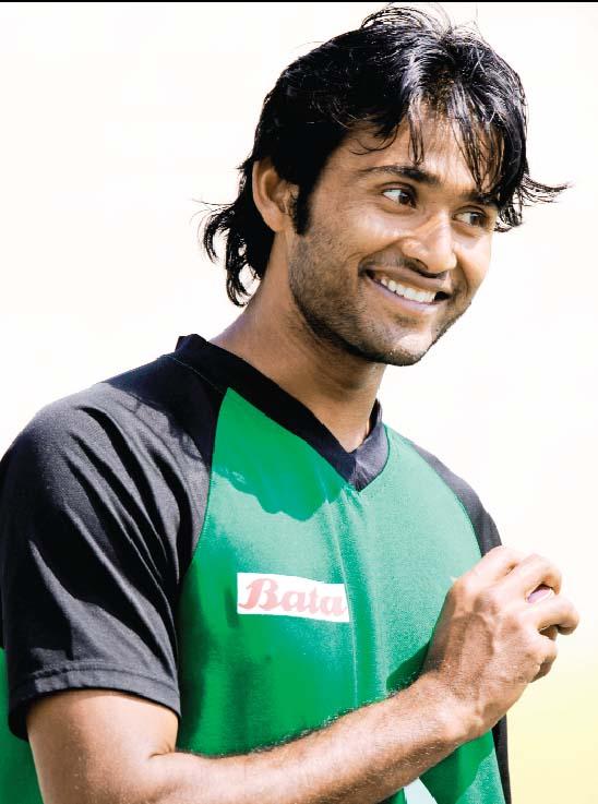 Cricketer Shahadat Hussain beat up teammate