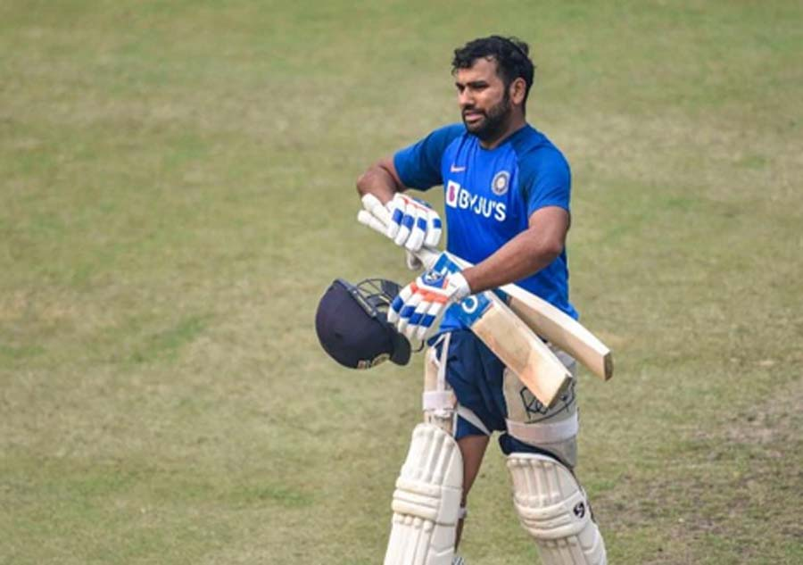 Rohit injured during practice