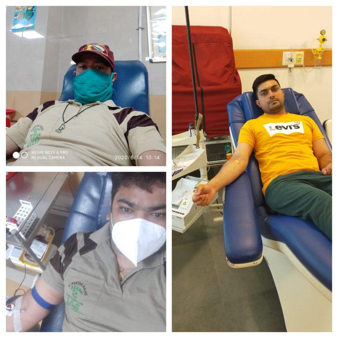 Dera followers of Chandigarh donated 27 units of blood