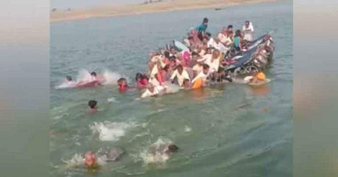 Boat Collapse in Chambal