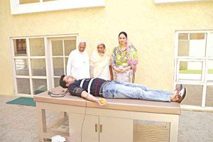 Dera Followers donating blood on the occasion of Parmarthi Diwas 2020 - Sach Kahoon News Coverage