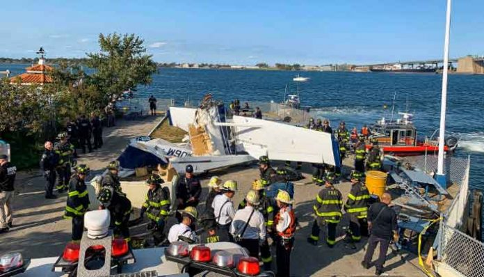 Seaplane Crashe